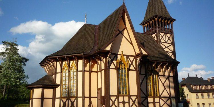 Málo známy Gedeon Majunke. Pripomíname si 100. výročie úmrtia tvorcu architektúry Tatier,G.Majunke Kostol Starý Smokovec