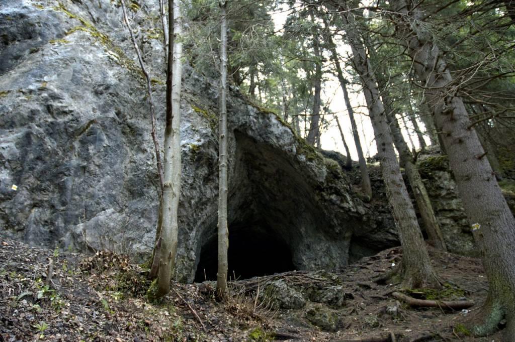 Poludnica jaskyňa Nízke Tatry