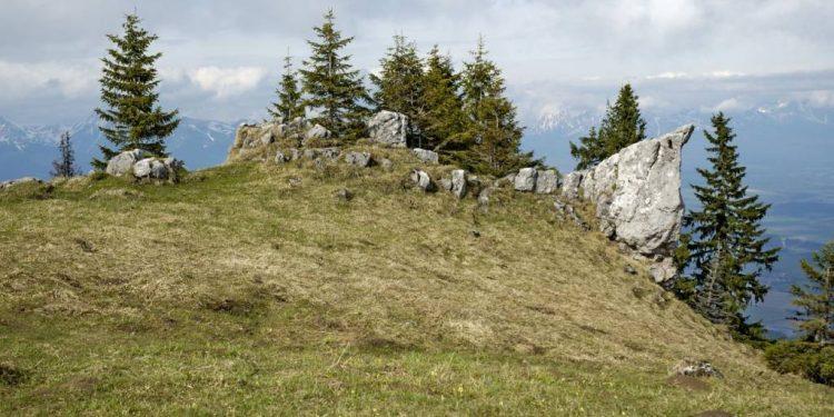Poludnica vrchol Nízke Tatry