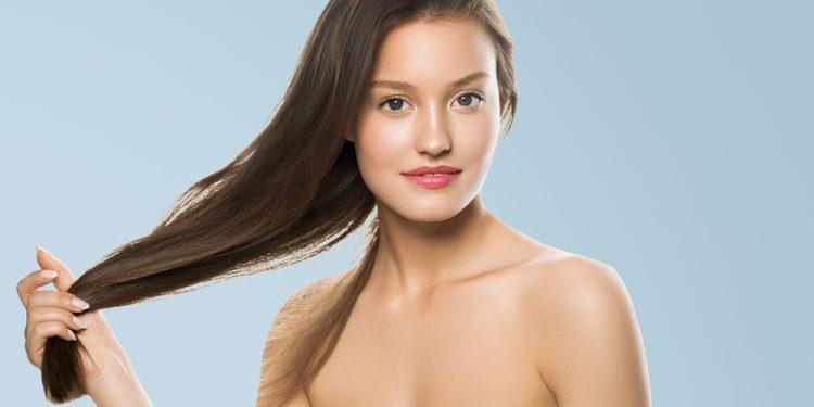 Starostlivosť o namáhané a farbené vlasy bez poškodenia vlasov