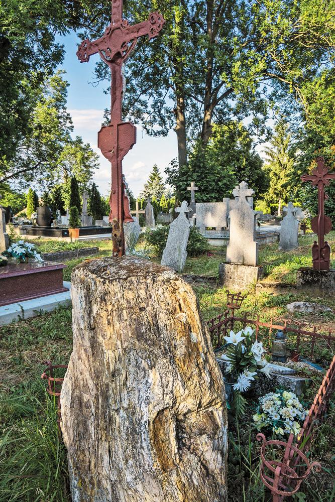 Veľká nad Ipľom, cintorín