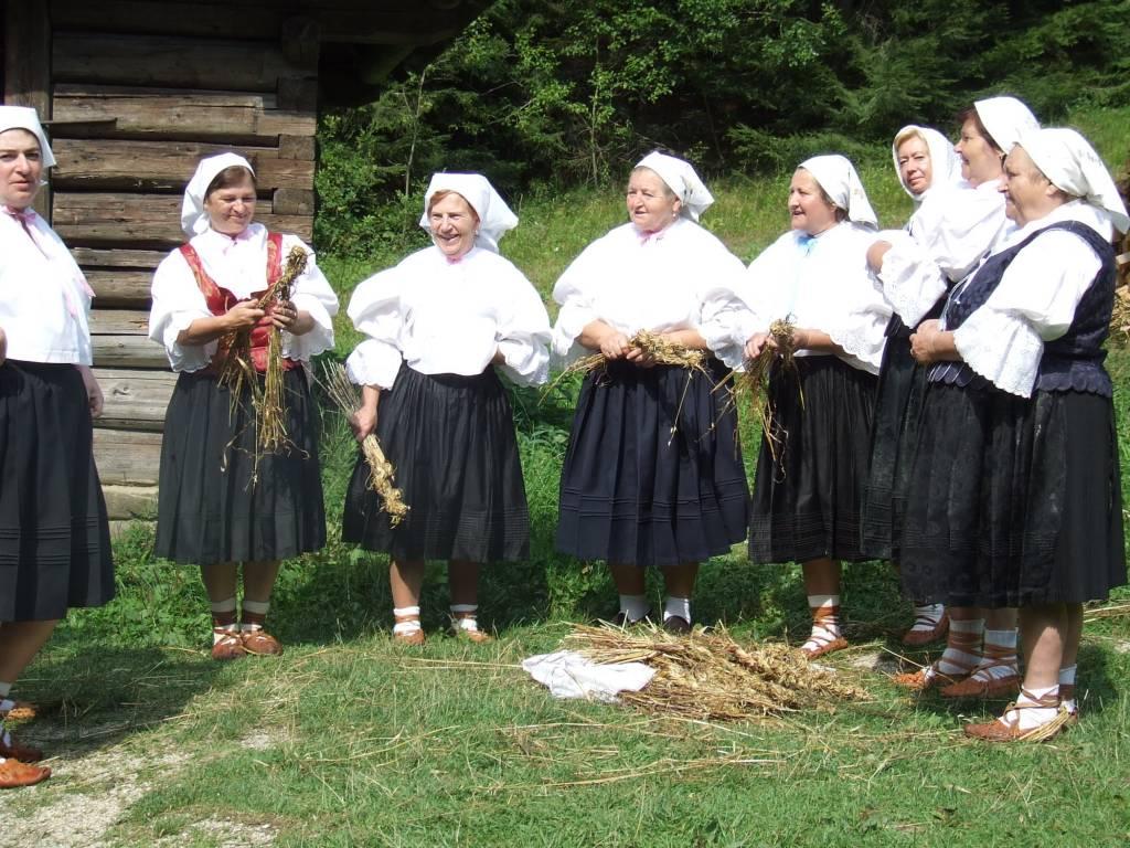 Dožinky na Kysuciach, tradície, leixkon, Kysucké múzeum, skanzen