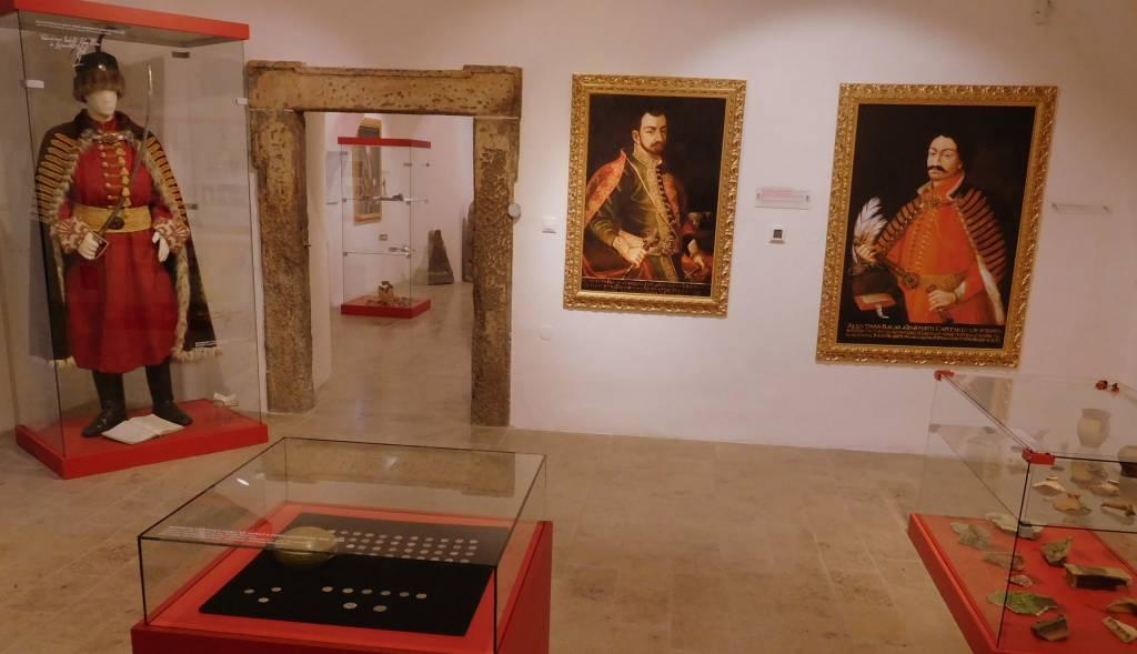 Hrad Modrý kameň, historická expozícia, leikon, kultúra, múzeum